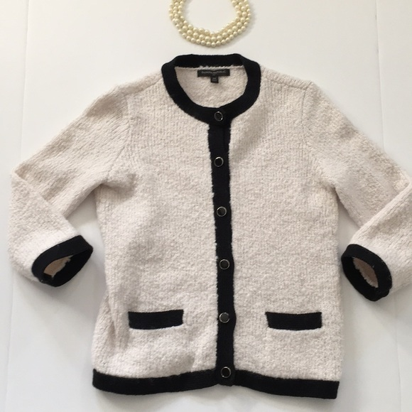 29fdc34c6a00 Banana Republic Sweaters - Banana Republic Bucle Sweater XS looks like  Chanel
